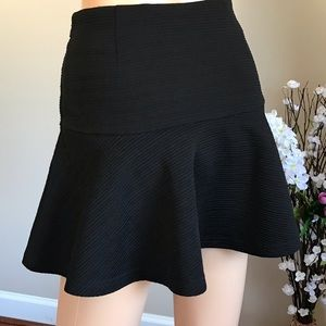 Clockhouse Skirts - 🌺 Flared black skirt with zipper and lined🌺